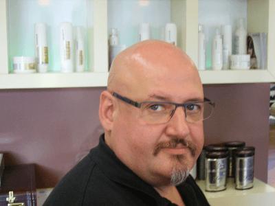 Kuno Barth, Friseurmeister und Inhaber Friseur Salon Barth